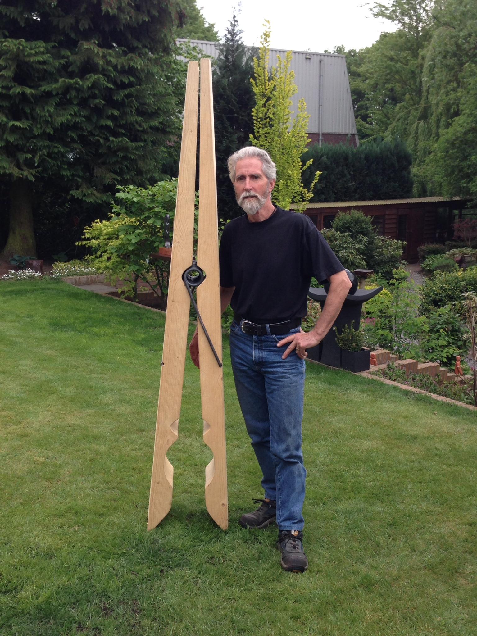 Kunstenaar Dolf Bierhuizen